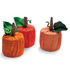 Toilet Paper Rolls Decorated as Pumpkins