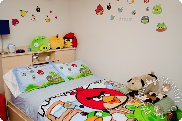 Trend angry birds bedding and toys