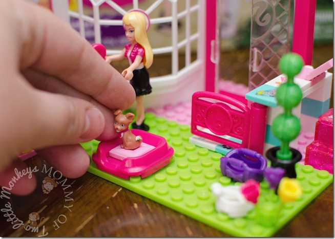 Mega Bloks Barbie Pet Shop