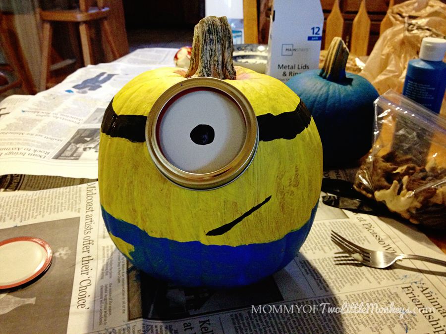 decorating and painting minion pumpkins for halloween On minion halloween decoration ideas