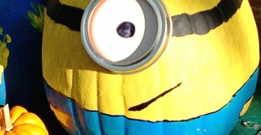 Minion Pumpkin Decorating