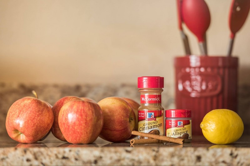How to Make Homemade Applesauce - Done Fast & Easy