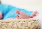 feet-619534_1280