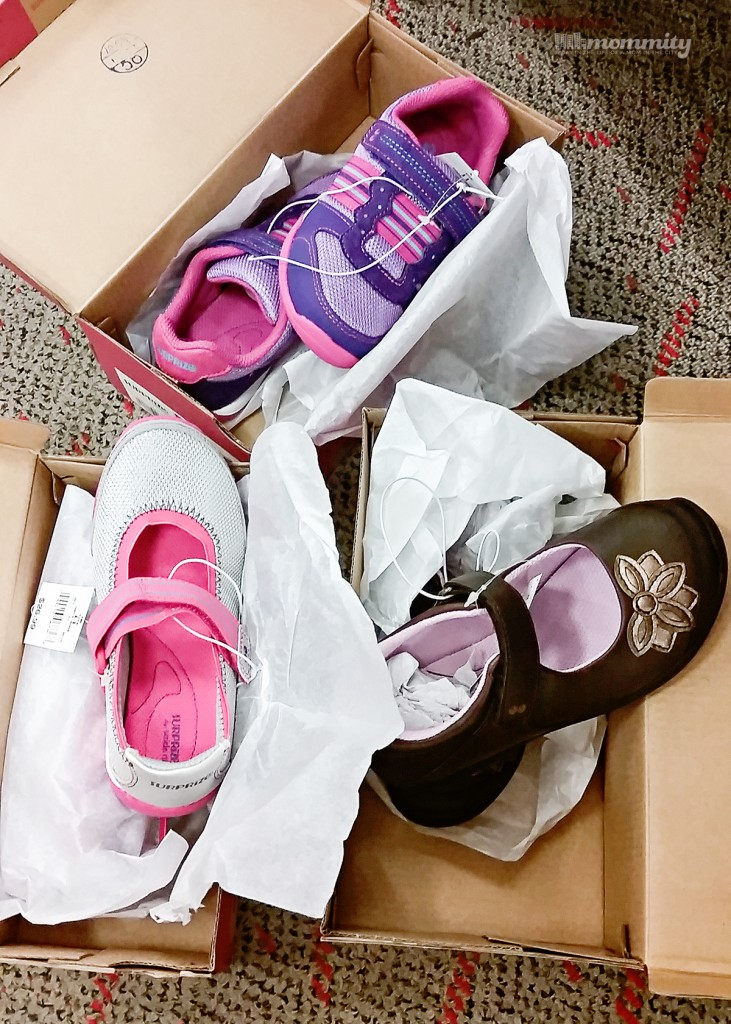 Finalizing Summer with the Back-to-School New Shoe Purchase - Stride Rite Surprize shoes are at Target! Love all of the choices