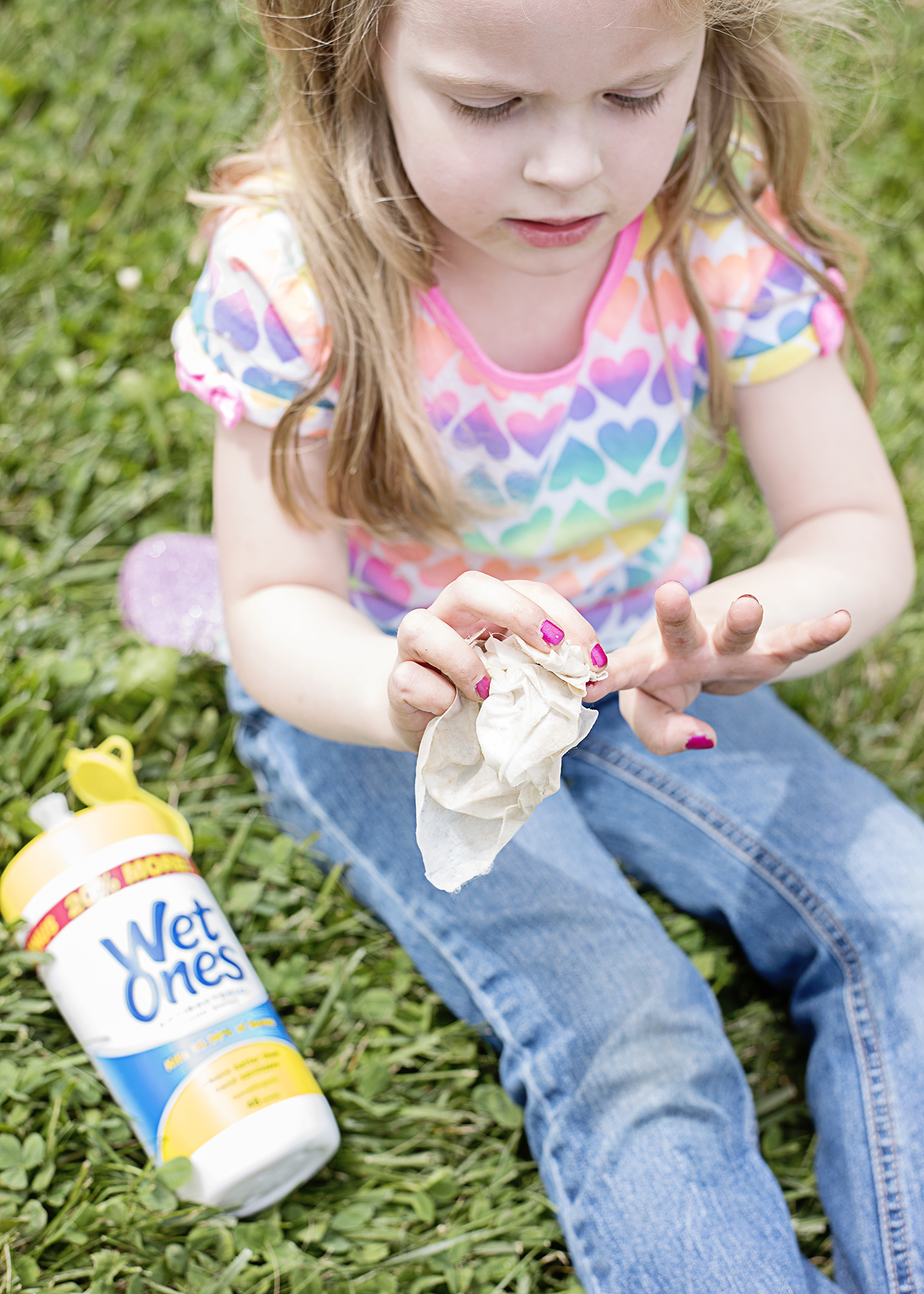 #1 Way to Keep Little Hands Clean at the Park and at Play!
